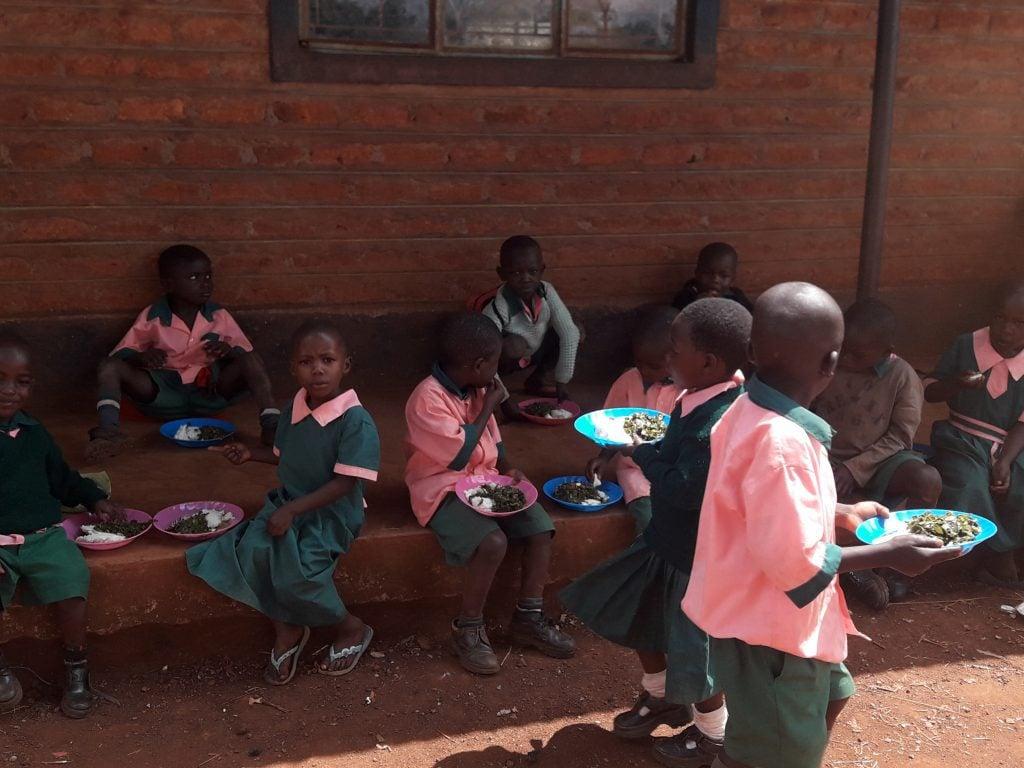 kimta-feeding-programme-at-the-rotary-education-centre